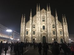 Milan Italy, Cathedral, Building, Travel, Construction, Trips, Traveling, Cathedrals, Tourism