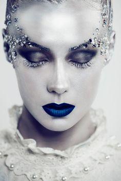 Photographer: Siyana Kasabova Makeup artist: Natalia Marszalek