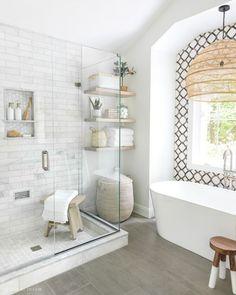 Bad Inspiration, Bathroom Inspiration, Bathroom Ideas, Bathroom Trends, Bathroom Designs, Bathroom Tile Walls, Wall Tiles, Cement Tiles, Bathroom Goals