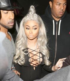 The in thing: Blac Chyna, who is dating Kylie's brother Robert and is mother to Kylie's boyfriend Tyga's son, also favours the open-tie style of top Blac Chyna Before, Black Girls Hairstyles, Cute Hairstyles, Black Chyna, Tie Styles, Good Hair Day, Celebrity Look, Famous Women, Brown Hair
