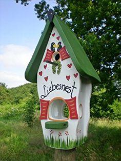 Minivilla 1 love nest white-green from Die Vogelvilla – Pets and Supplies Bird Houses Painted, Bird Houses Diy, Diy Bird Feeder, Gnome House, Bird Cages, Up Halloween, Home Living Room, Garden Art, Diy For Kids
