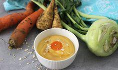 Gemüse-Suppen-Brei ist gut für Babys geeignet: Dazu wird Suppengemüse mit Kartoffeln kombiniert. Haferflocken sorgen für die extra Portion Eiweiß und Eisen.