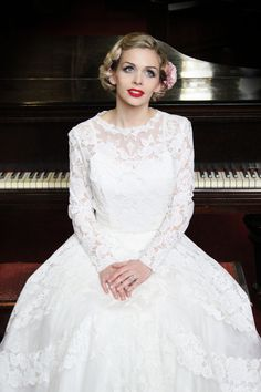 Hair and makeup - www.kittywinkvintage.co.uk Photograph - Julianne Noon Photography Dress - Very Vintage Bridal