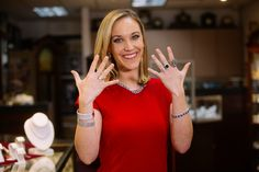 Kelly Koopmans is finding the perfect outfit to wear while covering Sunday's big award ceremony on KOMO.  She has quite the variety of jewels to choose from thanks to Menashe & Sons Custom Jewelry.