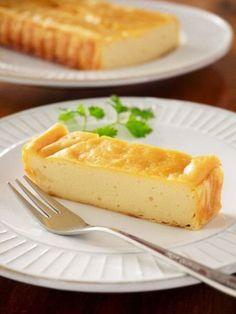 チーズケーキなのにチーズは全く使いません。牛乳やヨーグルトも不要です。今日はキッチンにある身近なアノ食材で簡単にチーズケーキを作っちゃいます!