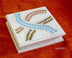 Geométrica Mosaic Tray, Mosaic Mirrors, Mosaic Designs, Ideas Para, Flora, Home Decor, Art, Boxes, Stones