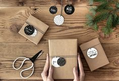 ZAWIESZKI DO PREZENTÓW 1 opak. 12 szt. Homemade Crafts, Diy And Crafts, Diy Birthday, Birthday Gifts, 5 Sense Gift, Homemade Greeting Cards, Brown Paper Packages, Christmas Ornament Crafts, Paper Stars