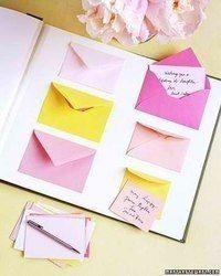 оригинальная открытка с конвертиками-посланиями