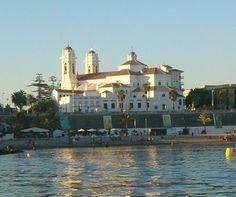Catedral de Ceuta desde el mar