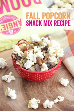 Try this quick and easy popcorn snack mix recipe! It's delicious with hot apple cider on a fall afte Popcorn Snacks, Popcorn Recipes, Snack Mix Recipes, Cooking Recipes, Snack Mixes, Hot Apple Cider, Tasty, Yummy Food, Kettle Corn