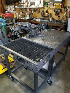 welding table plans or ideas Welding Table, Welding Cart, Diy Welding, Metal Welding, Welding Projects, Welding Design, Diy Projects, Welding Ideas, Metal Projects