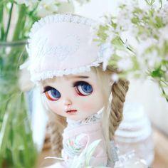 Disney Characters, Fictional Characters, Disney Princess, Instagram, Art, Baby Dolls, Flowers, Art Background, Kunst