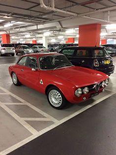 Alfa Romeo 1750, Alfa Romeo Gtv6, Alfa Romeo Cars, Alfa Romeo Giulia, Alfa Bertone, Alfa Gta, Old Sports Cars, Sport Cars, Alfa Romeo Spider