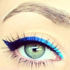 Long lashes and gradient blue liner