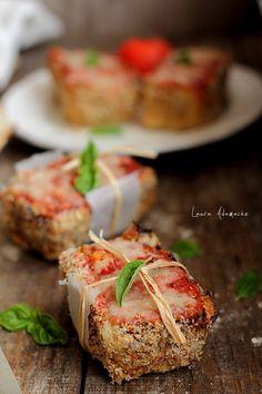Mini checuri carne Romanian Food, Food Inspiration, Baked Potato, Carne, Appetizers, Potatoes, Mini, Chicken, Baking