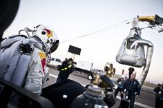 On Sunday, Oct. 14, 2012, The sky-diver Felix Baumgartner overcomes Mach 1 (the speed of sound) in free-fall, jumping from an altitude of 39 km into the skies above Roswell, N. Mexico, USA.  Imagine it;  Believe in it;  Work for It;  Then everything is possible.