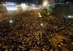"33 Extraordinary Pictures Of Hong Kong's ""Umbrella Revolution"""