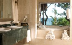 Modern Bathroom Interior Design (14)