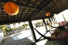 Beach Hostel La Rocca Brasil - Hostel in Porto de Galinhas, The hostel is only 200 meter  from the famous natural pools of Porto de Galinhas  away. Beyond the lifestyle at the beach, the Rocca is also a hub of cultural exchange. The hostel has great facilitie: the hostel kitchen, the swimming pool, the hammocks, the patio, the lounge and rooms with air conditioning.  There is also a bar to enjoy fresh caipirinhas,  a barbecue to have fun with friends. Price from 15 €