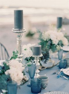 Blue Wedding Flowers How To Create A Beautiful Dusty Blue Wedding - Dusty blue is a timeless shade that is elegant and is the perfect 'something blue' for your day. Take a look at how you can create a dusty blue wedding! Blue Table Settings, Wedding Table Settings, Table Decoration Wedding, Table Decorations, Blue Wedding Decorations, Spring Decorations, Beach Wedding Inspiration, Wedding Ideas, Fall Wedding