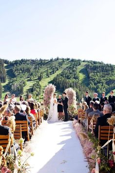 Park City, Utah is known for its epic beauty and this wedding at @steinlodge lives up to the hype. If you're dreaming of a lodge-style ceremony with impressive alpine views, look no further. This venue is sure to impress your guests with its picturesque scenery. 🌲 | Photography: @angelahowardphoto #stylemepretty #parkcity #parkcityutah #utahwedding #parkcitywedding #weddingceremony Wedding Ceremony, Wedding Venues, Park City Utah, Lodge Style, Warm Weather, The Good Place, Skiing, Dolores Park, Wedding Inspiration