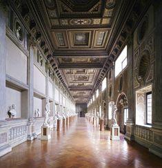 candida-hc3b6fer-palazzo-ducale-mantova-v-2011-web.jpg (1100×1137)