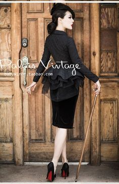 Le Palais Vintage Classic Black Velvet High Waist Pencil Skirt