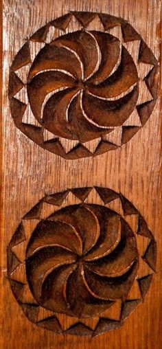 simbol solar - Căutare Google Mythology, Carving, Symbols, Romania, Solar, Google, Olive Tree, Grey Hair, Wood Carvings