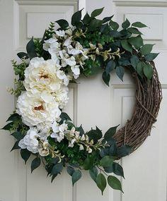 White Peony Wreath on Grapevine Front Door Wreath for All Seasons Hydrangea Wreath, Sunflower Wreaths, Floral Wreaths, Yarn Wreaths, Mesh Wreaths, Letter Wreath, Year Round Wreath, Diy Wreath, White Wreath