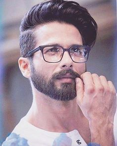 29 Medium Hairstyles for mens 2018 Mens Hair Care Beard styles for men, Hair styles, Medium Medium Beard Styles, Beard Styles For Men, Medium Hair Cuts, Hair And Beard Styles, Long Hair Styles, Mens Hairstyles With Beard, Trendy Mens Haircuts, Cool Hairstyles For Men, Boy Hairstyles