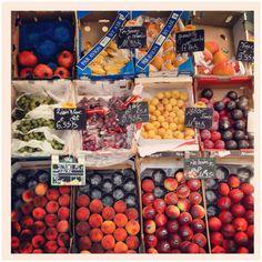 Fruit stand, Le marais