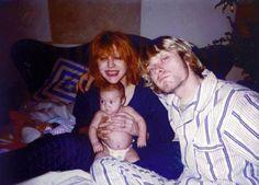 La hija de ambos nació en agosto de 1992. El nombre de Frances fue elegido en honor de Frances McKee, la guitarrista del dúo indie rock The Vaselines. El segundo nombre, Bean, se debió a que Kurt al ver la primera ecografía penso que parecía un frijol. Kurt trataba entonces de desintoxicarse.