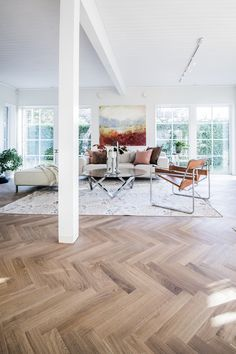 Bedroom Inspiration Cozy, Interior Inspiration, Beautiful Houses Interior, Beautiful Interiors, Parquet Chevrons, Diy Bedroom Decor, Diy Home Decor, Nordic Interior Design, Minimalist Decor