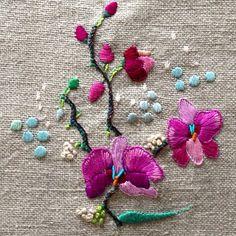 Quieres taller de Embroidery? Www.yolandaandres.com