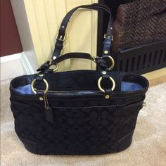 Coach satchel Staining and pen marks on inside- mild wear on handles and edges- rest in good condition- preowned Coach Bags Satchels
