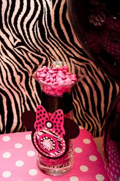 {Divalicious Minnie Mouse Party}   CatchMyParty.com