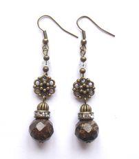 Earrings with bronzite. Örhängen med bronzit från http://ladyofthelake.se