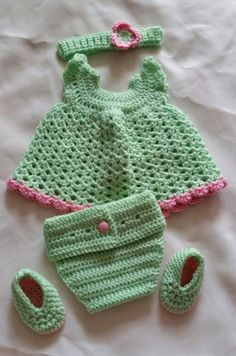 Check out this item in my Etsy shop https://www.etsy.com/listing/228411813/0-3-month-baby-girl-greenpink-set