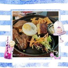 #FD1511 #WesternFood   还是牛排、培根、煎蛋、沙拉、圈圈薯条,只是这是午餐,不是晚餐、更不是早餐、也不是早午餐。