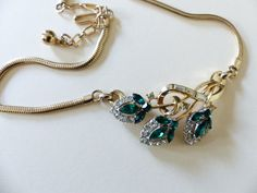 stunning Trifari Necklace on gold tone with green by buyDsign