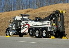 AMERICAN TOW TRUCK Big Rig Trucks, Tow Truck, Semi Trucks, Cool Trucks, Chevy Trucks, Cool Cars, All European Countries, Towing And Recovery, Armored Truck