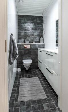 long and narrow - like mine Rustic Bathroom Designs, Home, Master Bathroom Design, Rustic Bathroom Shelves, Glamorous Bathroom Decor, Home Deco, Bathroom Renovations, Bathroom Design, Bathroom Decor