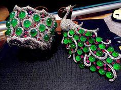 @margueritecaicai.  so pretty~cuff & brooch #jadeite #jade #jewelry #gem #jewellry