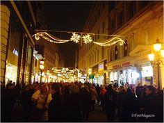 『Karácsonyi Vásár』 Christmas Market in Budapest Budapest, Christmas, Xmas, Navidad, Noel, Natal, Kerst