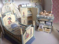 Pilar Calle Dollhouses Miniaturas: Dormitorio Infantil, Nursery furniture