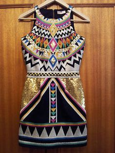 Love this geo print dress! Combination of colors really make the ensemble pop! #fashion #style