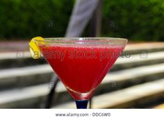 Download this stock image: Strawberry Daiquiri cocktail - DDC6W0 from Alamy's library of millions of high resolution stock photos, illustrations and vectors.