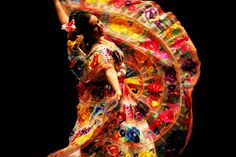 A mexican dancer with her beautiful traditional dress