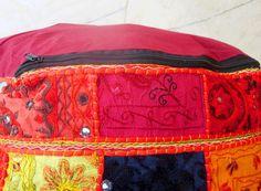 Indische Vintage handgemaakte lappendeken Ottomanen door MajishaArt