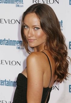 A list of my favorite images and gifs of Olivia Wilde. Olivia Wilde Bikini, Die Wilde 13, Brown Curls, Subtle Ombre, Moisturizer For Dry Skin, Gorgeous Eyes, Brunette Hair, Summer Hairstyles, Most Beautiful Women